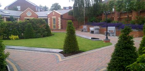 memorial-garden-designed-by-wykeham-mature-plants